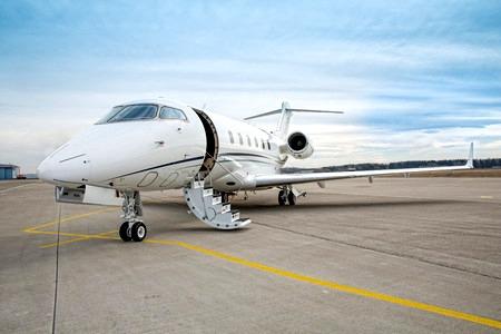 private-jet-huren-vliegtuighuren.com